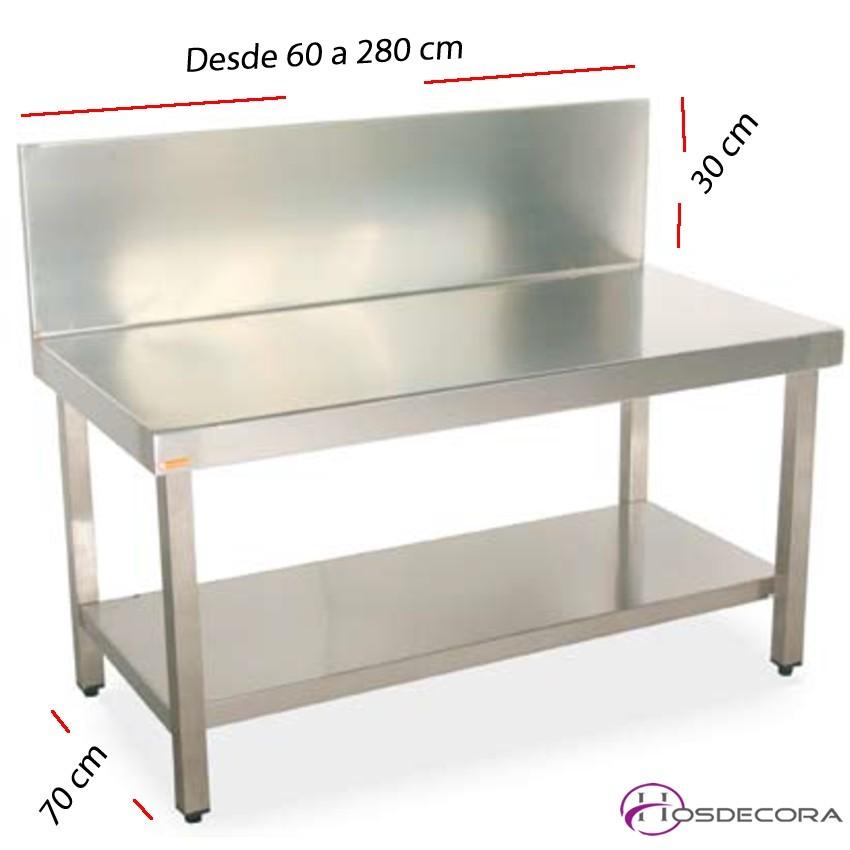 Mesa BAJA con peto-estante fondo 70 cm- Largo desde 60 cm.