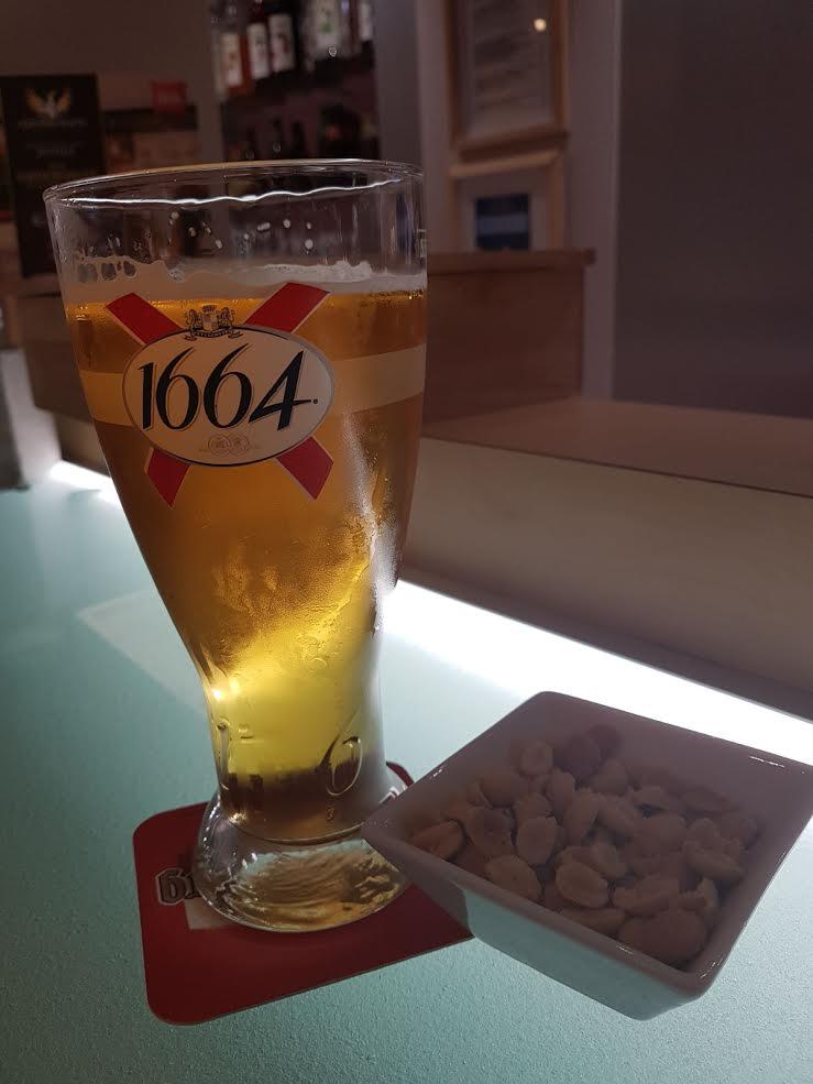 cerveza con frutos secos