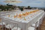 Montaje y decoración de sillas y mesas para eventos